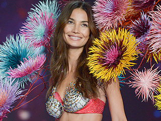 All Victoria's Secret Angel Lily Aldridge Wants for Christmas Is the $2 Million Fantasy Bra!