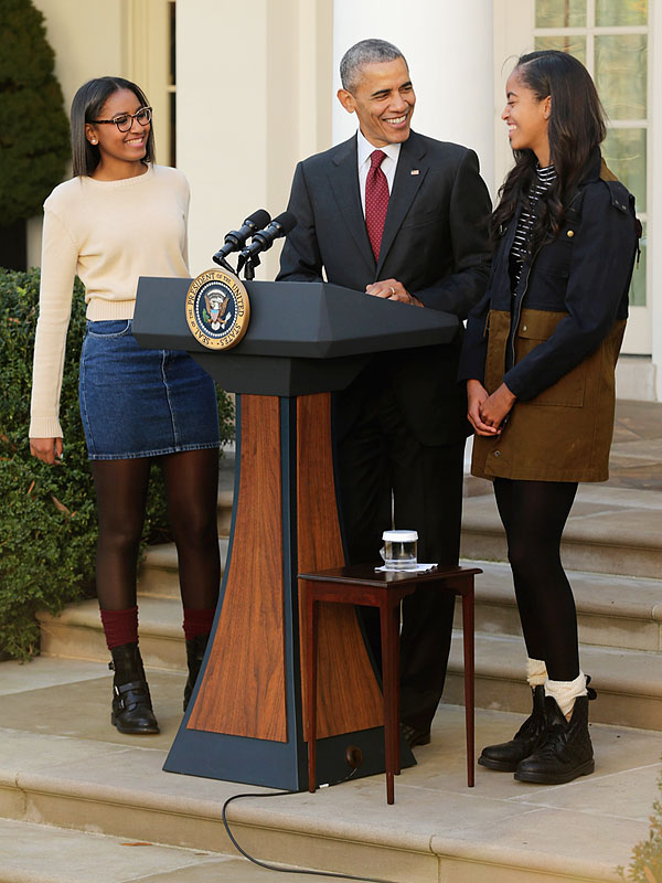 Turkey Pardon 2015 What Malia And Sasha Obama Were