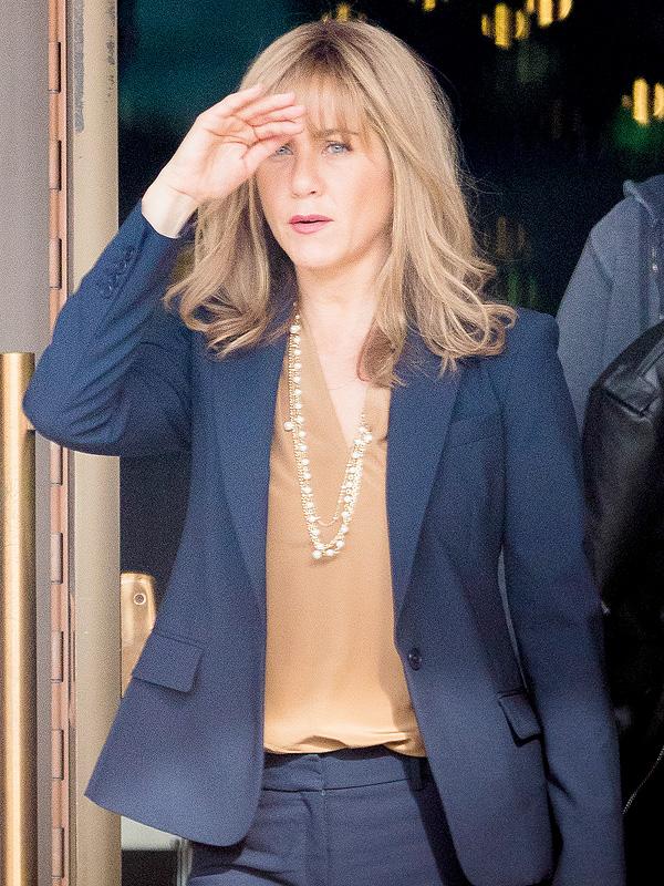 Jennifer Aniston The Yellow Birds Hair Bangs