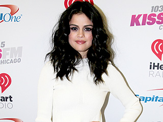 Selena Gomez Takes Out Her Extensions (She Just Wants to Look Good for You, Good For You…)