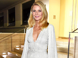 Gwyneth Paltrow Shares Sweet Christmas Hugs with Apple and Moses