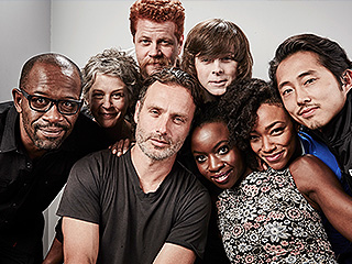 WATCH: Fanboys and Fangirls, Rejoice! The Walking Dead and Stars Wars Have Joined Forces