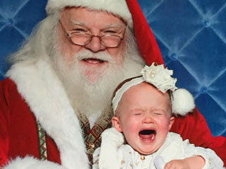 Sorry Santa! Kelly Clarkson Shares Classic Christmas Photo of Daughter River Rose