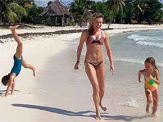 Fun in the Sun: Rebecca Romijn and Jerry O'Connell Share Family Vacation Photos (Check Out Their Beach Bods!)