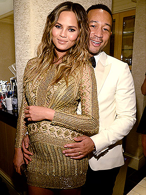 John Legend wife Chrissy Teigen pregnant gorgeous