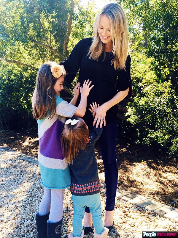 Brooke Anderson pregnant third child