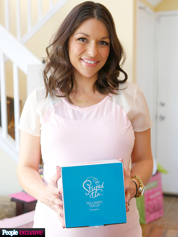 DeAnna Pappas pregnant tea party