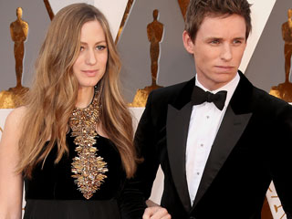 Eddie Redmayne Walks the Red Carpet with His Leading Lady – Pregnant Wife Hannah