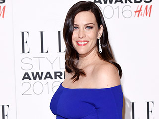 Expectant Liv Tyler's Baby Bump Takes Center Stage in Form Fitting Gown