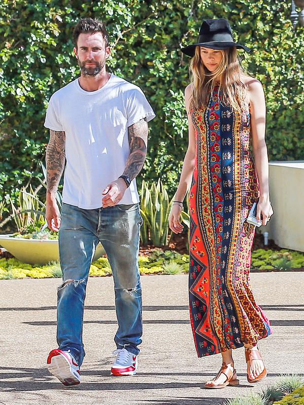 Behati Prinsloo pregnant baby bump Adam Levine