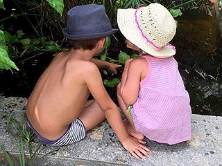 Gisele Bündchen Posts Sweet Instagram Snap of Kids Ben and Vivian