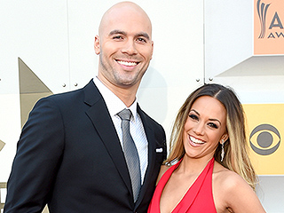 Hot Mama! Jana Kramer Stuns in First Post-Baby Red Carpet Appearance at ACM Awards