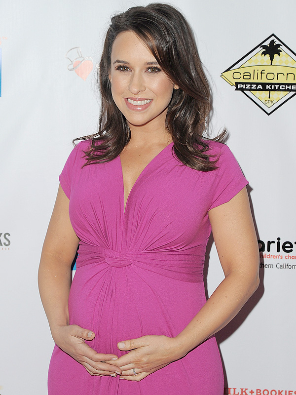 Lacey Chabert pregnant milk and bookies