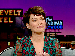 WATCH: Lena Headey Had an Awkward Encounter with a Game of Thrones Fan – While Breastfeeding!