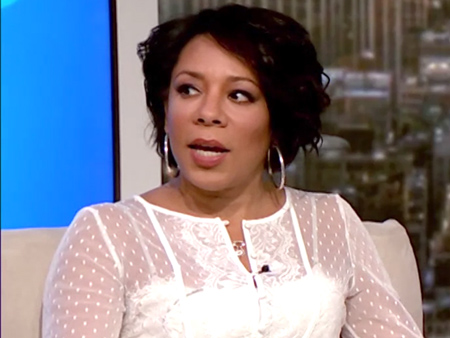 Selenis Leyva's Daughter Won't Accept She's Beautiful: 'It's  Scary to Hear Your Child Look at Herself in the Mirror and Find Herself Not Right'