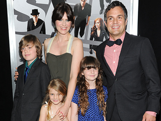 'Papa, Come Out!' Why Mark Ruffalo's Son Thought His Dad Was Stuck in the TV