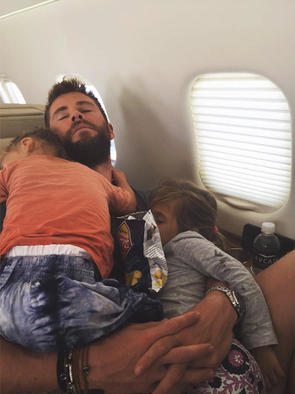 Chris Hemsworth Plane Kids Sleeping