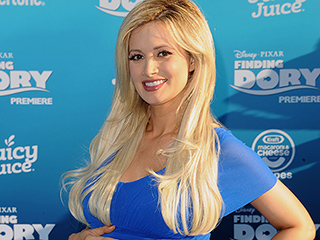 Feeling Blue! Holly Madison Shows Off Her Growing Baby Bump at the Finding Dory Premiere