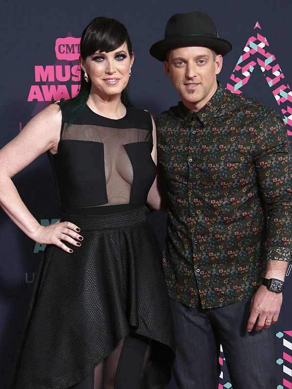 Thompson Square CMT Awards