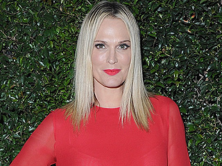 Molly Sims on Being a Mom of Two: 'We Have a Little Sibling Rivalry Going On'