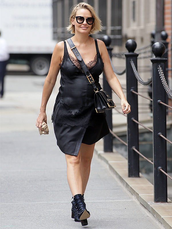 Lara Bingle Worthington Pregnant in NYC
