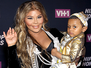 Lil' Kim's Daughter Royal Reign Makes Her Red Carpet Debut as Mom Is Honored