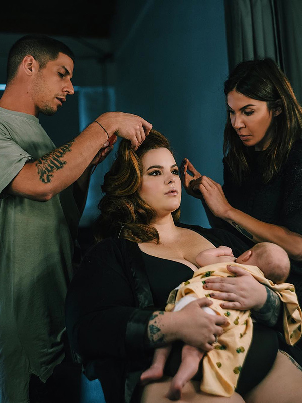Tess Holliday Breastfeeds Bowie On Set