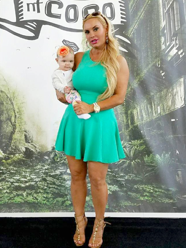 Coco Austin S Daughter Chanel Makes Red Carpet Debut At 8