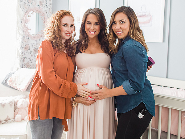 Lacey Chabert pregnancy blog