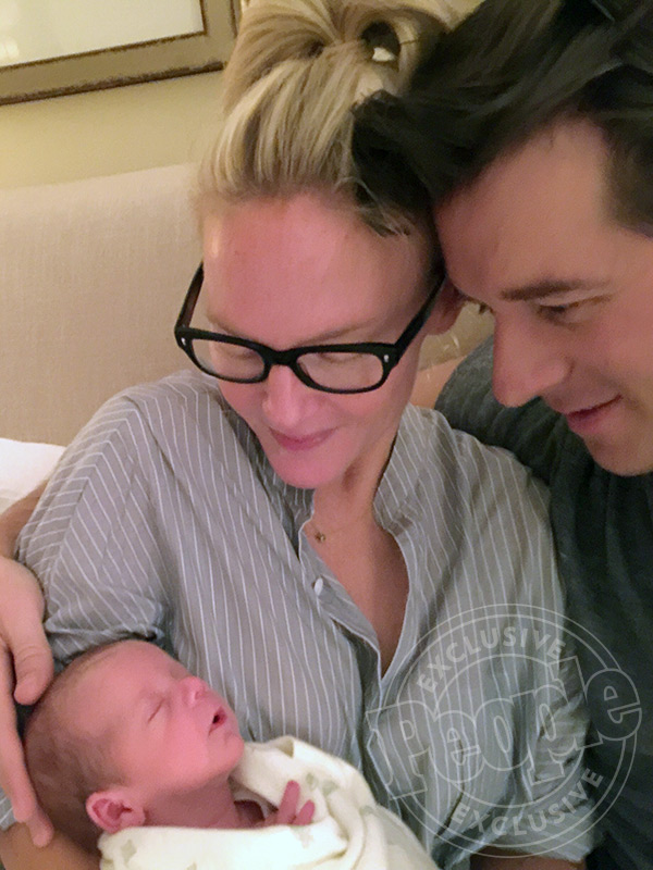 Rachael Harris welcomes son Henry