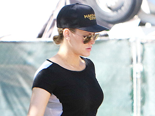 Bump, There It Is! Peta Murgatroyd Bares Her Baby Belly in a Black Crop Top