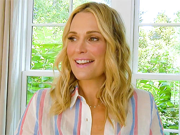 Molly Sims Second Trimester