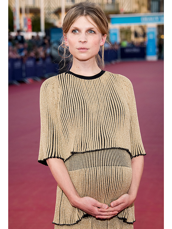 Clemence Poesy baby bump