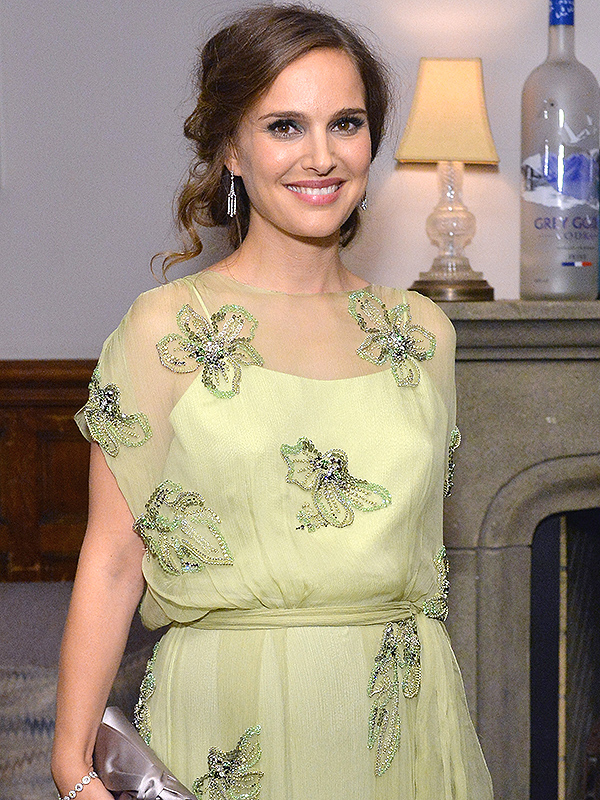 Natalie Portman Pregnant Jackie TIFF