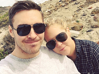 The Unofficial Celeb Guide to Beach PDA