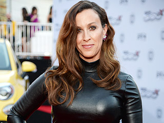 Alanis Morissette Says Living Your Best Life Requires 'Tuning In to Your Body'