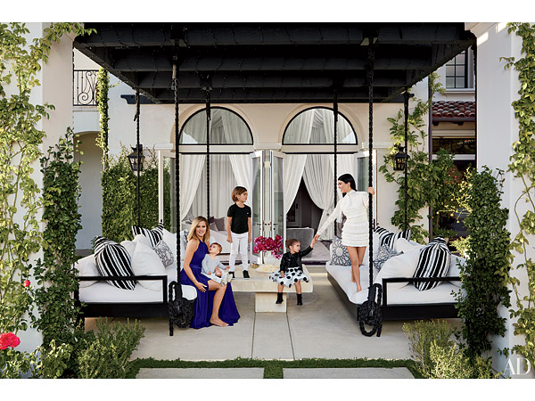 Khloe And Kourtney Kardashian 39 S Interior Designer Talks