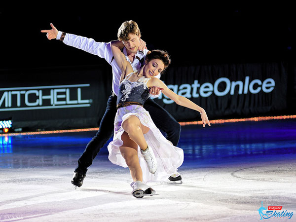 Meryl Davis and Charlie White perform in Paul Mitc