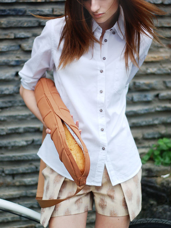 This Baguette Bag Is a True Innovation in Bread-Carrying Technology