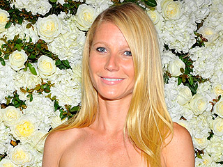 Gwyneth Paltrow Dishes on What Pal Mario Batali Thinks About Exes Brad Pitt and Ben Affleck
