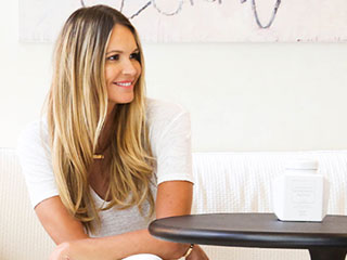 Get All the Details on Elle Macpherson's Slimming and Anti-Aging Alkaline Diet: 'I've Lost Weight Around My Waist'