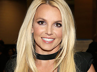 PHOTOS: Britney Spears Spent Memorial Day Weekend at This Amazing Malibu Beach House