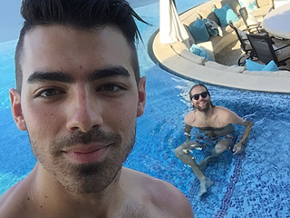 Celebrities on Vacation: Joe Jonas, Zac Efron, Kylie Jenner and More!