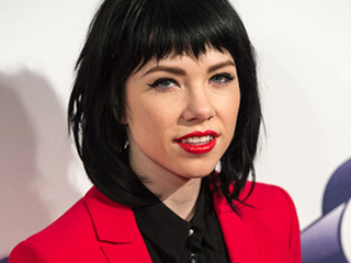 Get Ready! Carly Rae Jepsen Is Singing the Fuller House Theme Song
