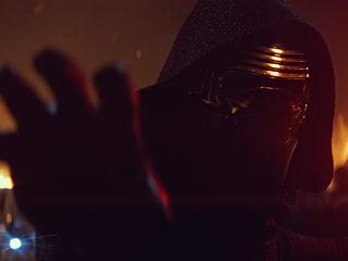 Meet Emo Kylo Ren: Star Wars' Favorite New Villain Is Tweeting From the Dark Side