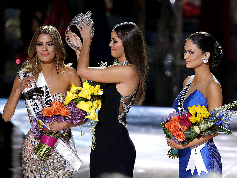 Miss Colombia Posts Pictures of Her Crowning Moment Before Losing Title