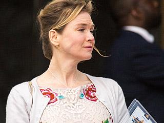 Bridget Jones Is Finally a Winner! Renée Zellweger Spotted on Set with Best Producer Award