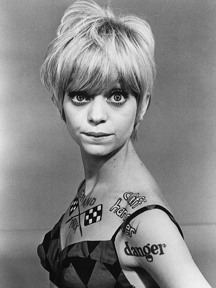 Goldie Hawn on Struggling in a Roach-Infested Apartment Pre-Fame in N ...