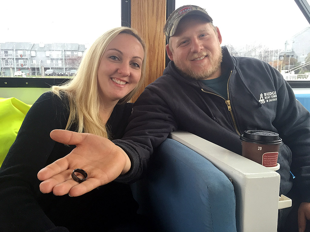 Man Recovers His Lost Wedding Ring From the Bottom of the Ocean