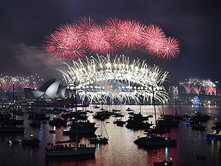 Happy New Year's Eve! See How Countries Around the World Are Ringing In 2016